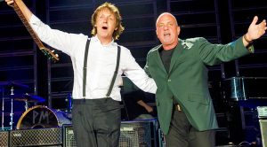 Paul McCartney And Billy Joel Treat New York To Legendary Duet Of This Beatles Classic!