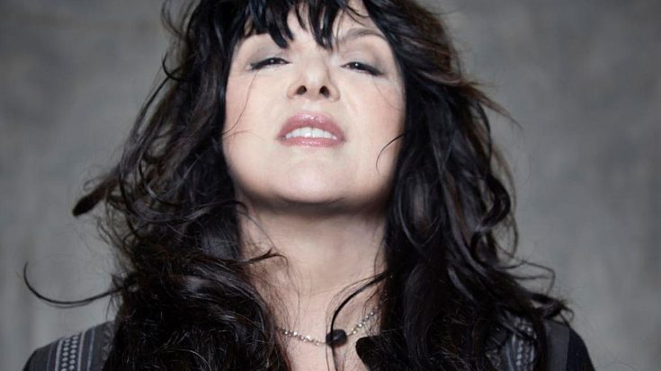 "Heart's Ann Wilson Wants To Get You ""Alone"" For Her 2017 Solo Tour Dates 