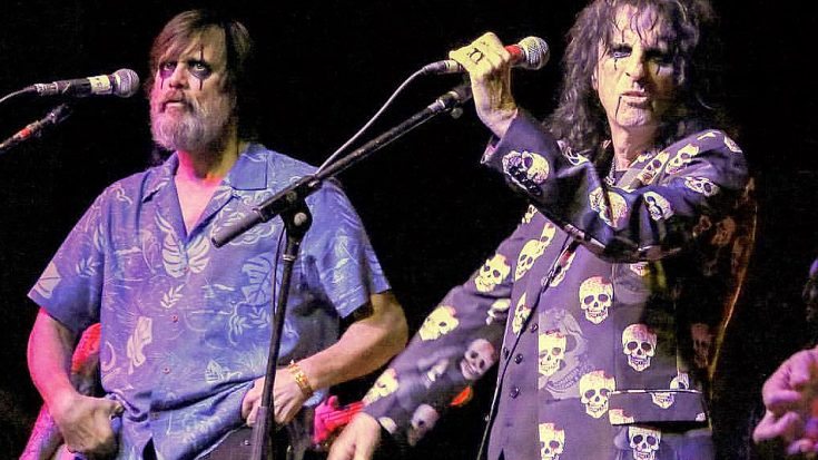 "Jim Carrey Is Almost Unrecognizable In This Epic ""School's Out"" Jam With Alice Cooper 