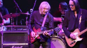 Joe Walsh Refines His Craft Alongside An All-Star Band For Epic Jam Of 'Funk #49'!