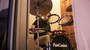 Camera Catches Neil Peart Drumming In A Dressing Room And It STILL Puts Other Drummers To Shame!