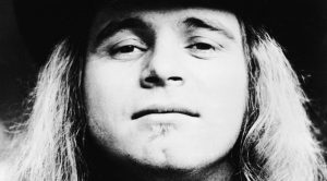Happy Birthday, Ronnie Van Zant! | 7 Things We Love About Southern Rock's Favorite Son