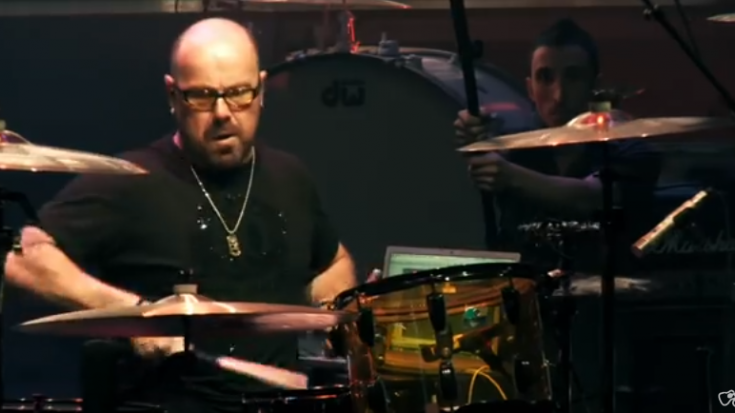Jason Bonham Pays Tribute To Bonzo At The 2009 Guitar Center's Annual Drum-Off | Society Of Rock Videos
