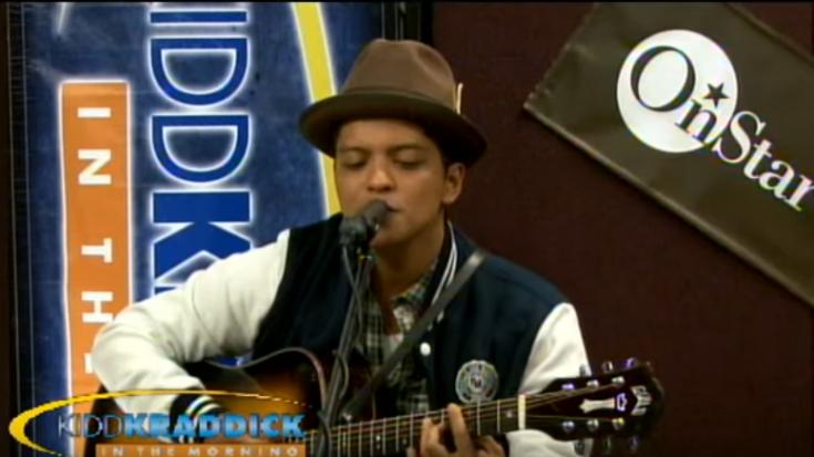 "Bruno Mars Sings ""Smells Like Teen Spirit/Billie Jean"" Mashup And Wins Us Over   Society Of Rock Videos"