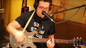 """One Man Band Jams Rush's """"Tom Sawyer"""" – All By Himself"""