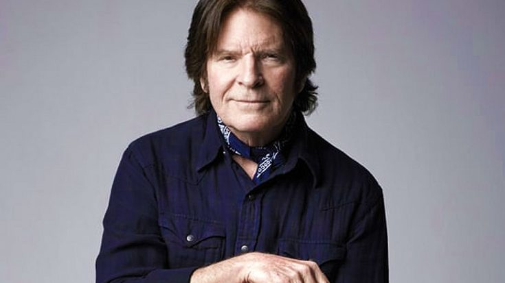 After 44 Years, John Fogerty Finally Reunites With A Key Part Of CCR – See The Gift That Made Him Cry