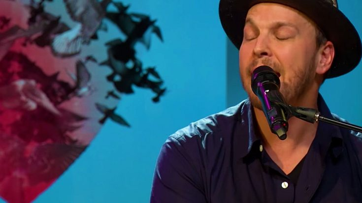 Hold Onto Your Heart – Gavin DeGraw Is Out To Steal It In This 'Something Worth Saving' Performance | Society Of Rock Videos