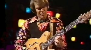 42 Years On, This Glen Campbell Guitar Moment Still Hits Us Right In The Feels