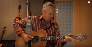 Tommy Emmanuel's Cover Of Classical Gas by Mason Williams Will Leave You Breathless