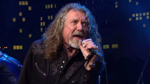 "Robert Plant Reimagines ""Black Dog"" on Austin City Limits 