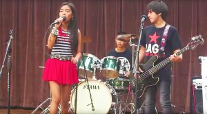"Young Rockers Take The Stage And Wows Audience With Fantastic ""Sweet Child O' Mine"" Cover!"