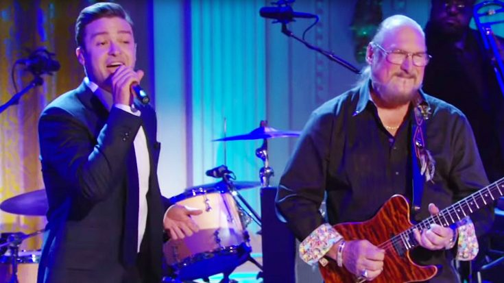 """Justin Timberlake Digs Up His Blues Roots With Amazing """"Dock Of The Bay"""" Cover With Steve Cropper! 