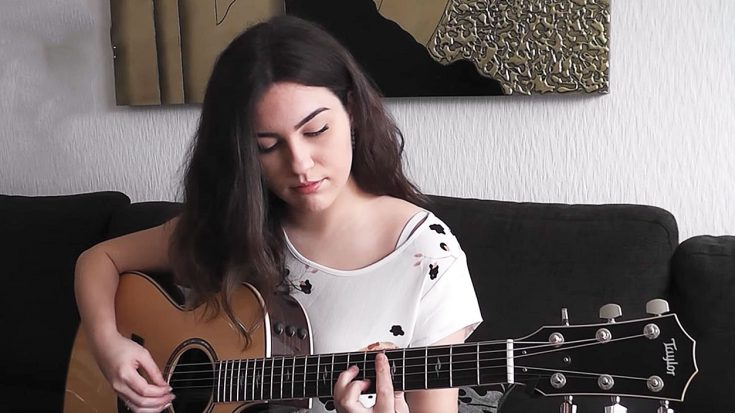 "Young Lady Decides To Play ""Blackbird"" On Guitar, But What She Ended Up Playing Left Us Speechless 