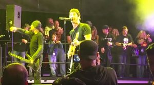 "For One Night Only, Godsmack Went Old-School With Their Epic Cover Of ""Highway To Hell""!"