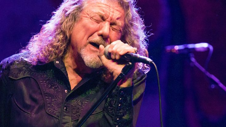 "Robert Plant Performs ""Kashmir"" In Full For The Very First Time – Without Jimmy Page 