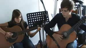 "Siblings Play ""Dust In The Wind"" For The First Time, Yet Sound Like They've Played A Million Times…"
