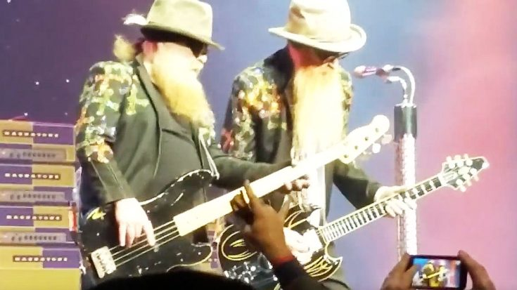 "ZZ Top Returned To Tulsa, Oklahoma Belting Out ""La Grange"" And It Was All Caught On Camera! 