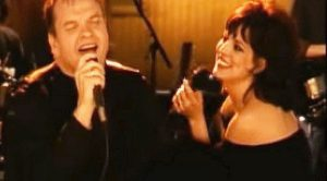 "Love Is In The Air As Meat Loaf And Patti Russo Smolder With ""I'd Do Anything For Love"""