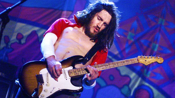 Red Hot Chili Peppers Cover This Bee Gees Classic, And Guitarist John Frusciante Steals The Show!   Society Of Rock Videos