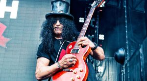 Welcome To The Future: Slash's Upcoming Charity Performance Will Be Broadcast In Virtual Reality!