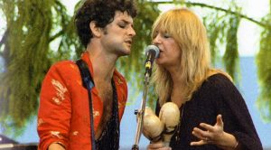 """Christine McVie & Lindsey Buckingham's New Song, """"In My World"""" Is Here, And We're Head Over Heels In Love"""