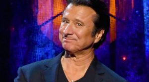 It's Official: Steve Perry's Back, And He's Bringing A Brand New Album With Him
