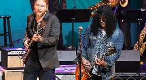 "It's A Tribute Fit For A 'King' When Derek Trucks Teams Up With Slash, Joe Bonamassa For ""The Thrill Is Gone"""