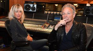 News | Lindsey Buckingham & Christine McVie Announce First Concert Together, But Where Will It Be?
