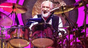 Mick Fleetwood Smashes Incredible, Thunderous Drum Solo That Blows The Crowd Away!