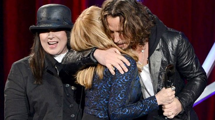 Chris Cornell Brings Heart's Ann And Nancy Wilson Back Together For Tributes To Seattle's Favorite Son | Society Of Rock Videos