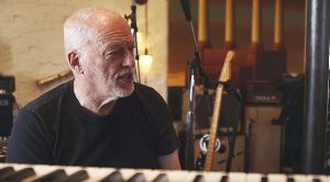 David Gilmour Opens Up About Learning Guitar – Says He Owes It All To This One Item