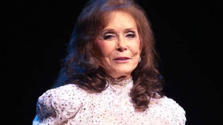 Breaking Country Legend Loretta Lynn Suffers Stroke