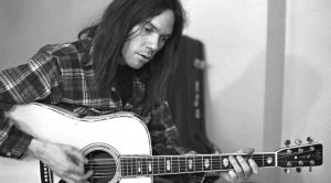 """May 4, 1970: Tragedy Strikes Kent State University, And Neil Young Responds With Chilling """"Ohio"""""""