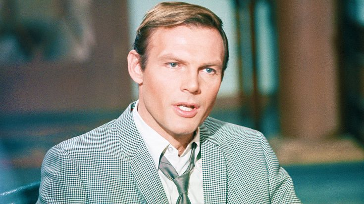 Actor Adam West Passes Away At The Age of 88—Rockers, and Others, Share Their Reactions | Society Of Rock Videos