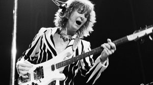 Chris Squire's Isolated Bass Track On Yes' 'Roundabout' Surfaces, And It's Absolutley Hypnotizing!