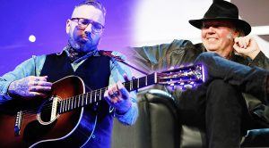 Neil Young Watches Fellow Canadian Singer Perform 'Old Man,' And His Reaction Is Priceless!