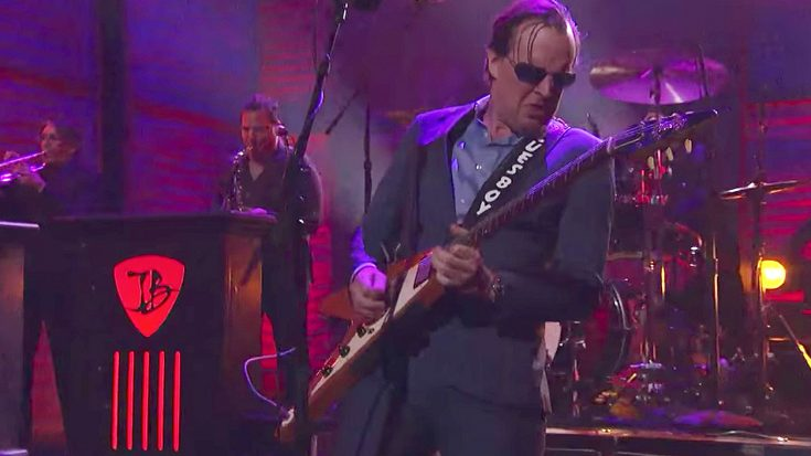 Joe Bonamassa Resurrects the Blues On Conan With A Funky Performance of His Hit 'Mountain Climbing'! | Society Of Rock Videos