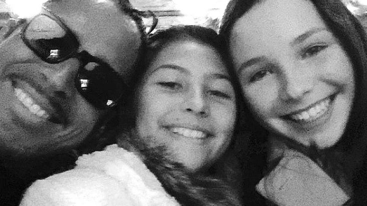 Need A Good Cry? The Open Letter Chris Cornell's Daughters Penned For Father's Day Will Do The Trick | Society Of Rock Videos