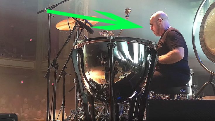 "Jason Bonham Quickly Steals The Show With Cover Of ""The Rain Song"" That Would Make His Father Proud! 