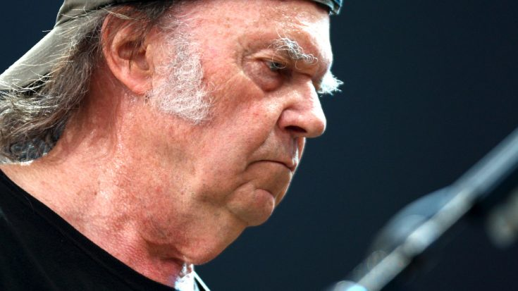 Neil Young Shuts The Door On A 31 Year Legacy, And We're Pretty Bummed About It | Society Of Rock Videos