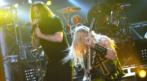 "Ozzy Osbourne & Zakk Wylde Come Alive With An Epic Performance Of ""Bark At The Moon"""