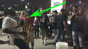 "Musician Plays Iron Maiden's ""The Trooper"" On Saxophone And People Immediately Start Filming"
