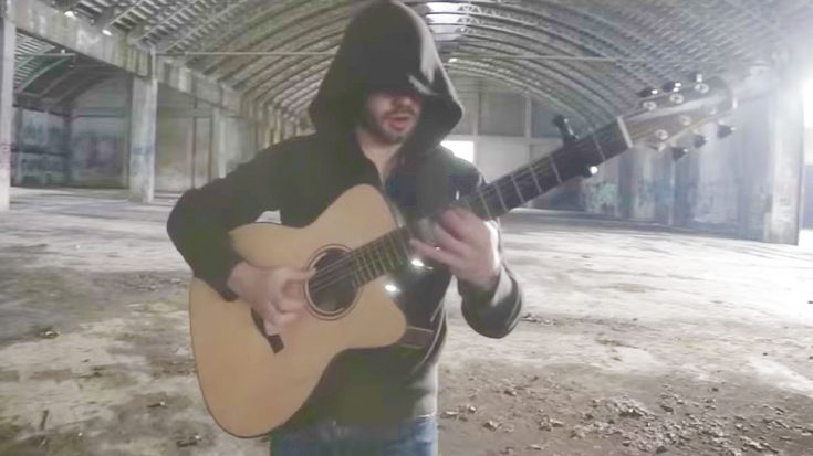Man Plays AC/DC's 'Thunderstruck' Entirely On One Guitar, And It's Freaking Badass! | Society Of Rock Videos