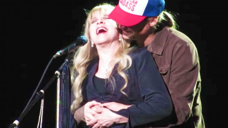 "Stevie Nicks Dedicates ""Landslide"" To A 'Special Someone,' & Gets The Surprise of A Lifetime! 