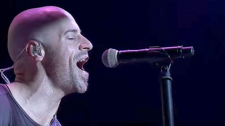 "Chris Daughtry Plays A Cover Of ""In The Air Tonight"" That Is Just Too Good For Words! 