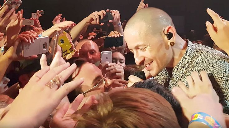 Nothing Sums Up Chester Bennington's Legacy Better Than This Intimate Moment With Fans At His Final Show | Society Of Rock Videos