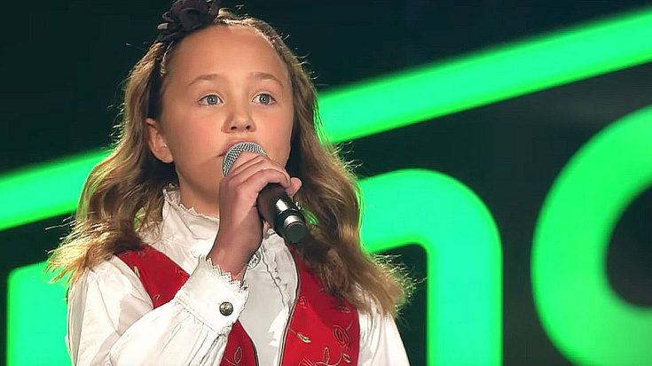 "Young Girl Melts Judges' Hearts With Her Deceptively Powerful Voice When She Belts Out ""Blackbird"" 