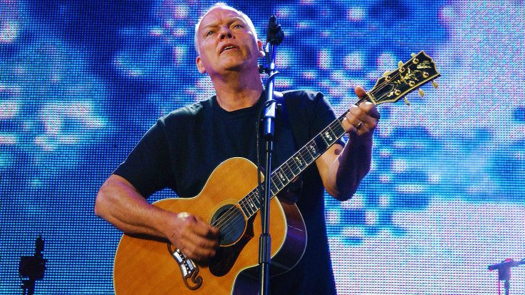 David Gilmour Brings Crowd To Tears With Chilling Acoustic Performance of 'Shine On You Crazy Diamond'! | Society Of Rock Videos