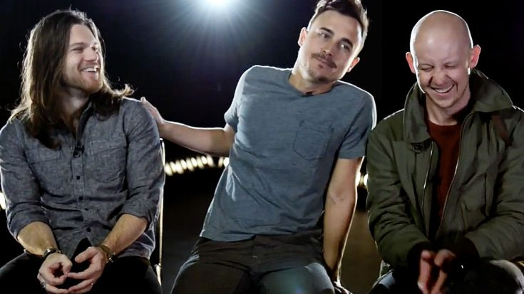 The Fray's Dave And Isaac Erupt Into Giggles When Asked This Question About Their Bandmate, Joe | Society Of Rock Videos