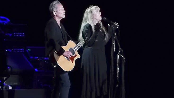 "With A Tear In Her Eye, Stevie Nicks Sings Dedicates ""Landslide"" To Her Friend Glenn Frey | Society Of Rock Videos"